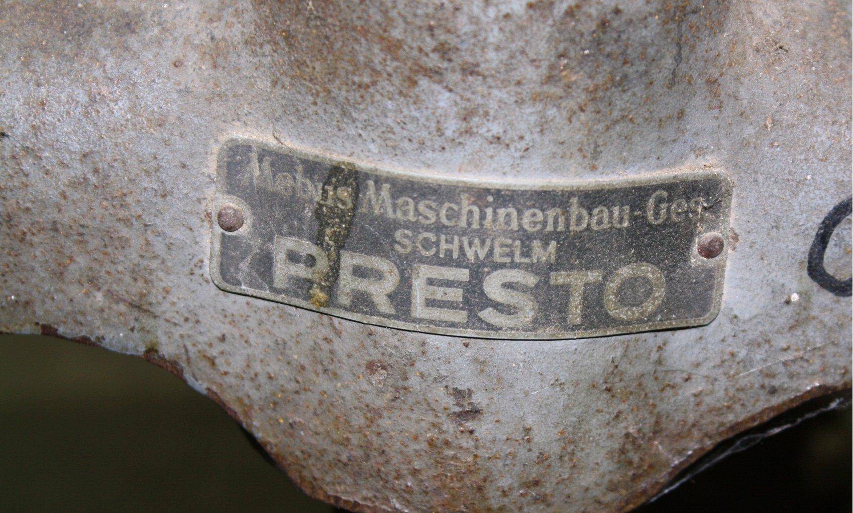 Lederpressmaschine-2