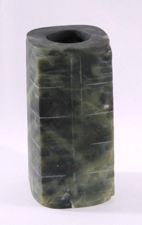 Jade Zierobjek aus grüner Jade