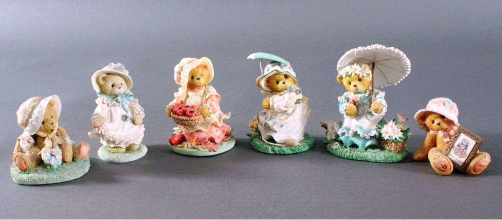 6 Cherished Teddies