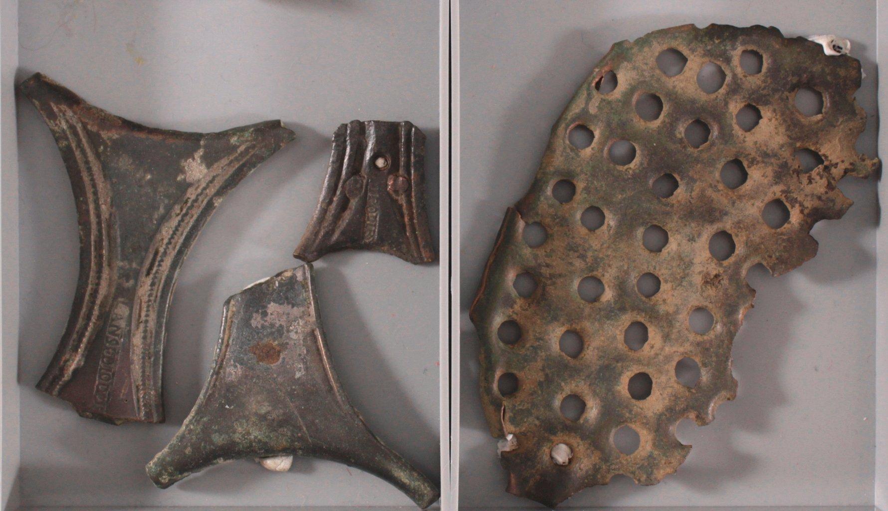 4 römischen Artefakten