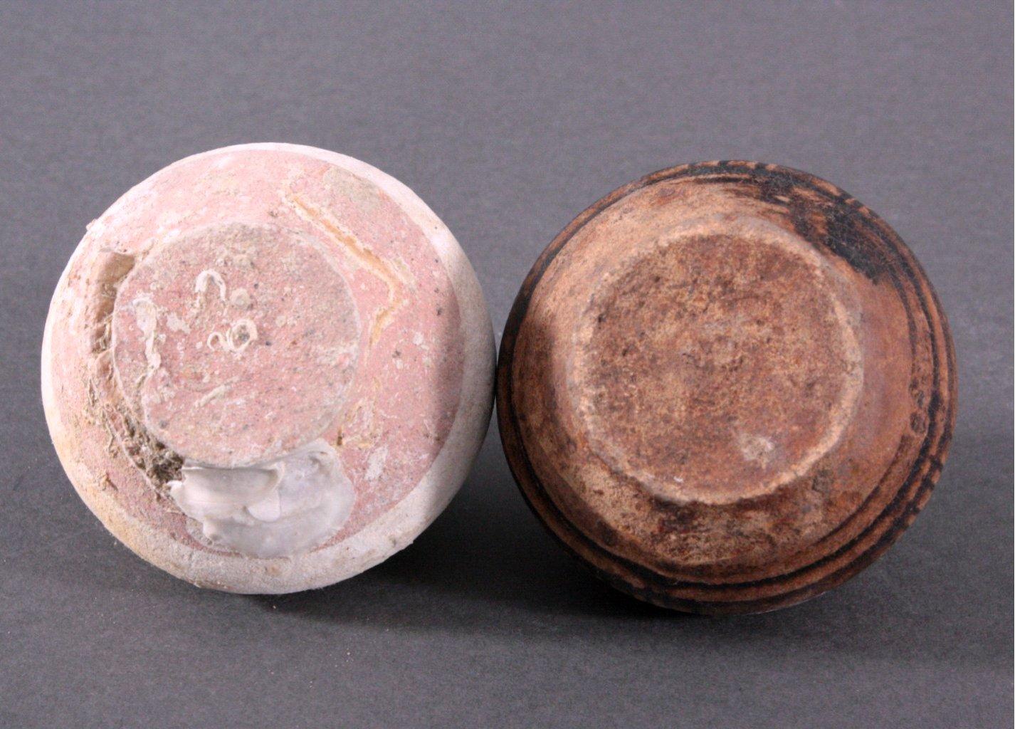 2 Kleine Vorratsgefäße, Angkor-Periode 12./13. Jh.-2