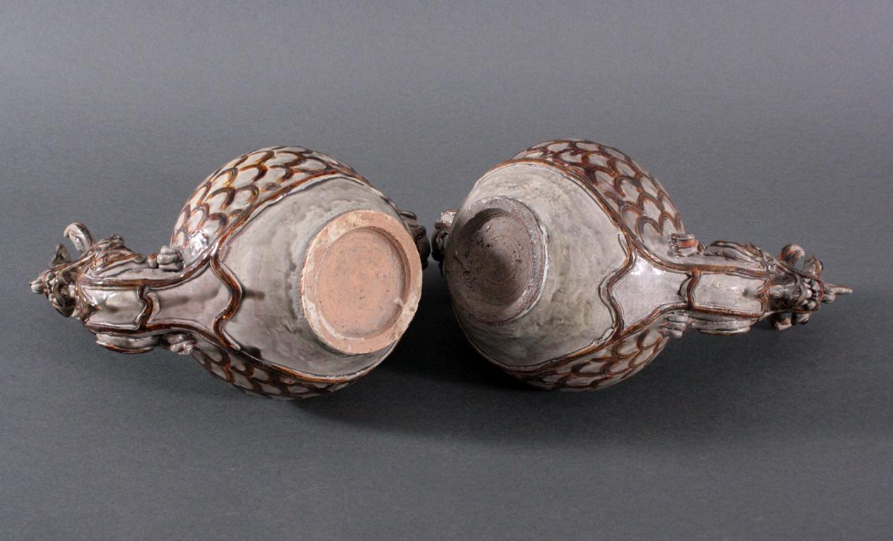 Paar Vorratsgefäße in Form von Drachen-3