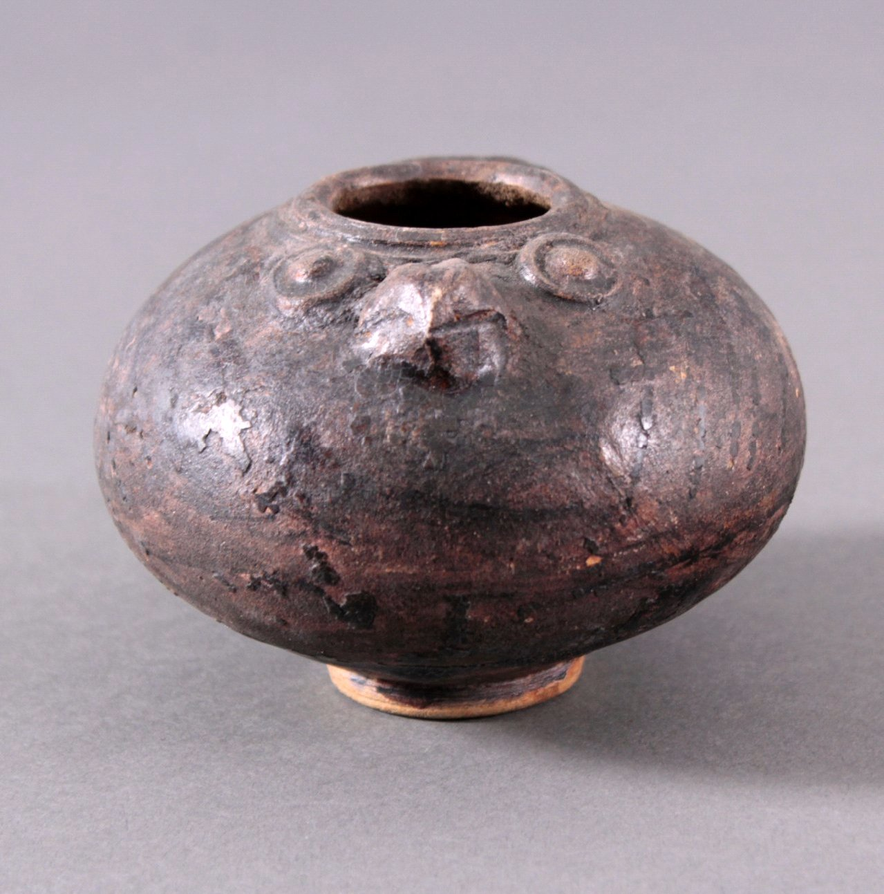 Rundes Vorratsgefäß, Angkor-Periode 12./13. Jahrhundert