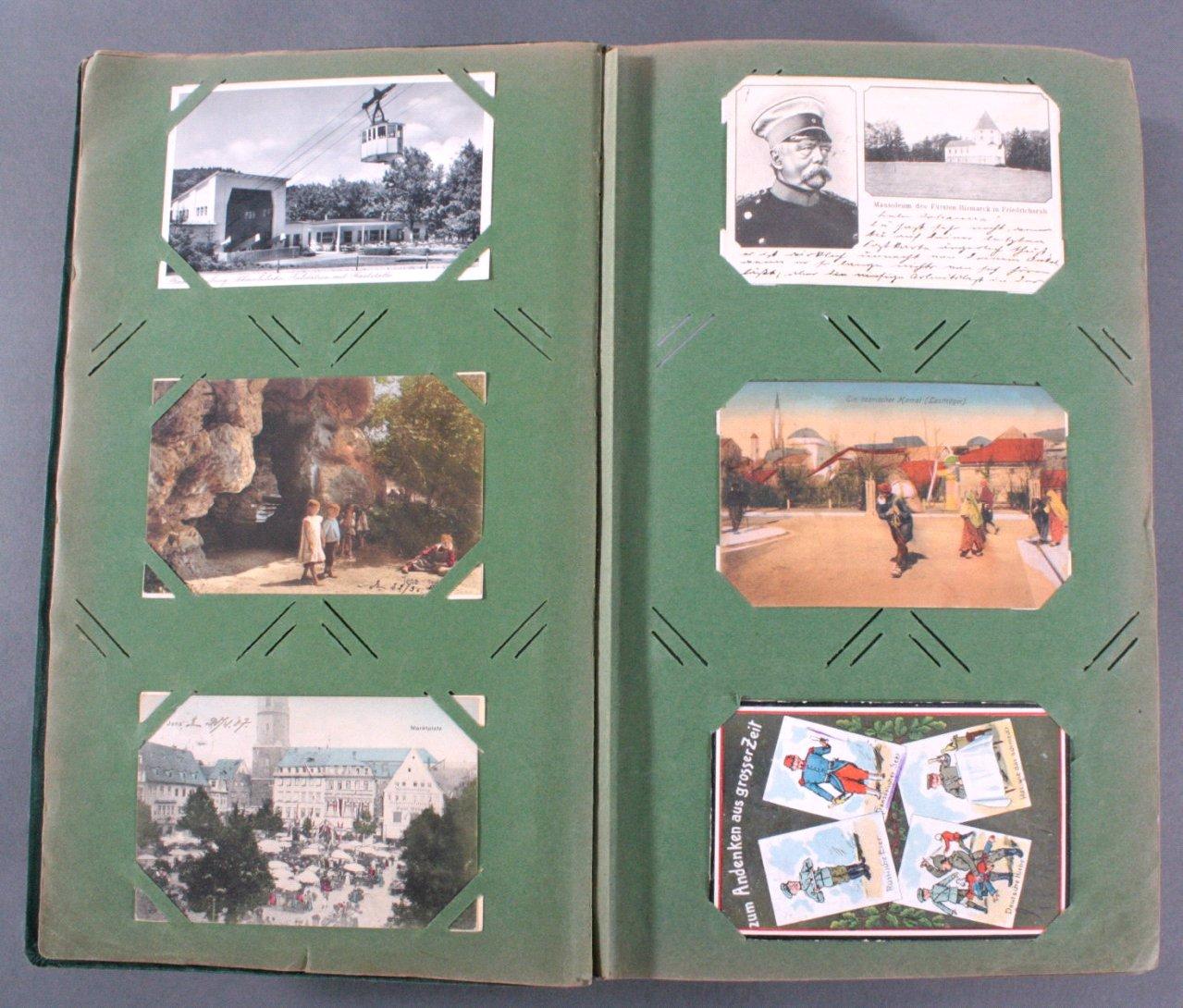 Prall gefülltes Album mit ca. 390 Postkarten-2