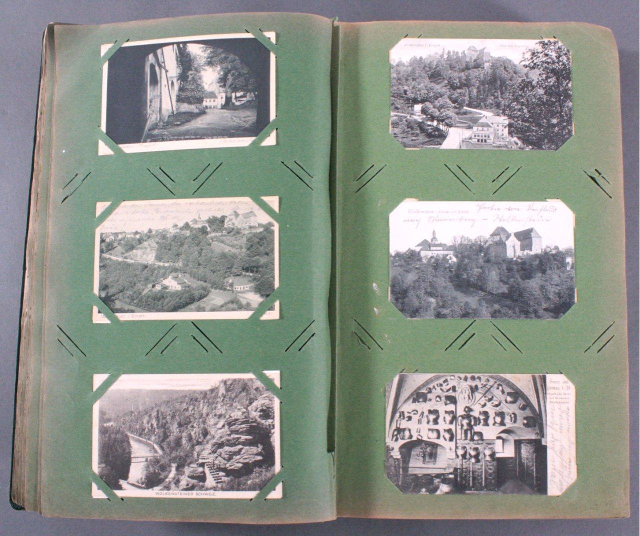 Prall gefülltes Album mit ca. 390 Postkarten-4