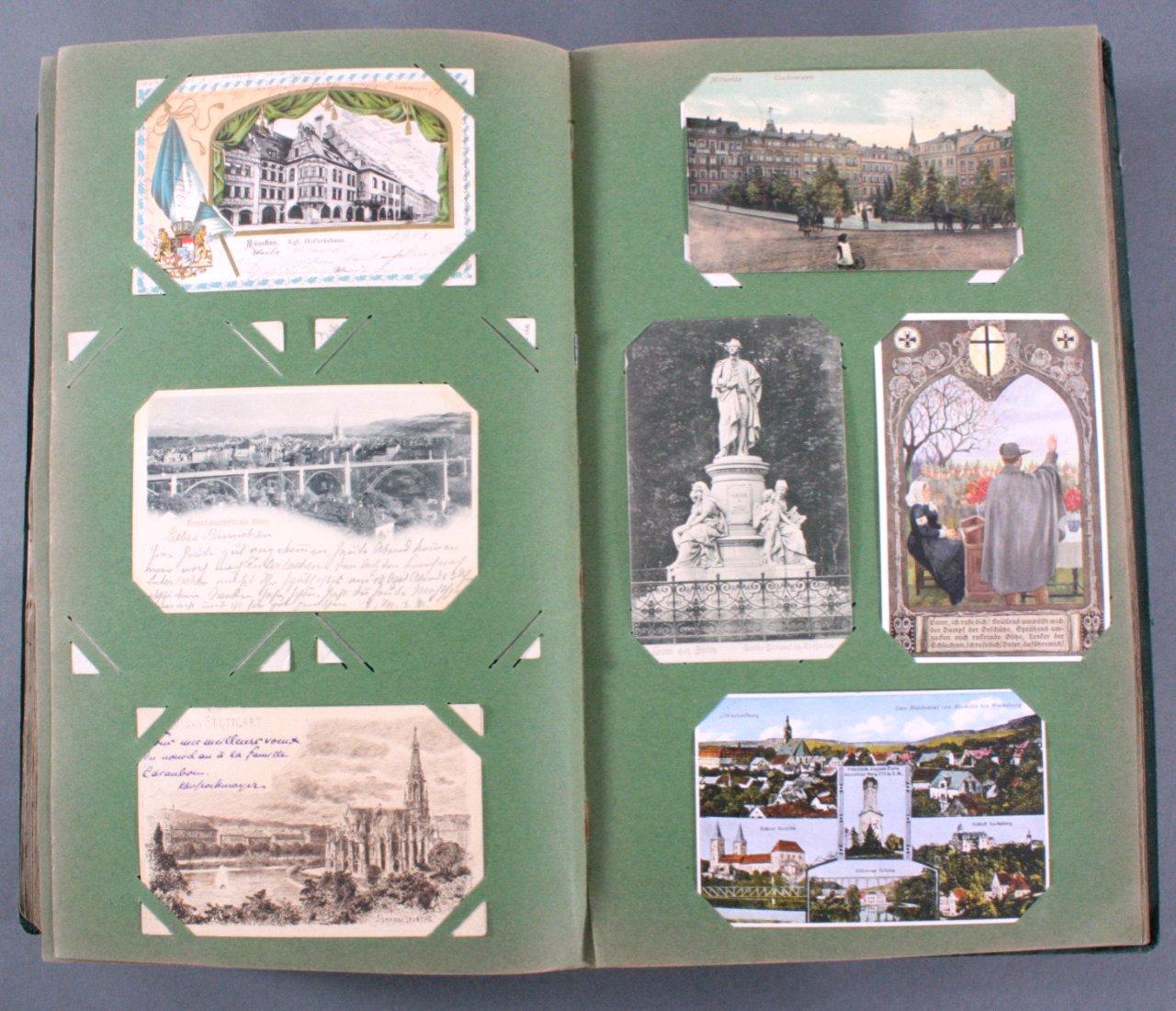 Prall gefülltes Album mit ca. 390 Postkarten-14