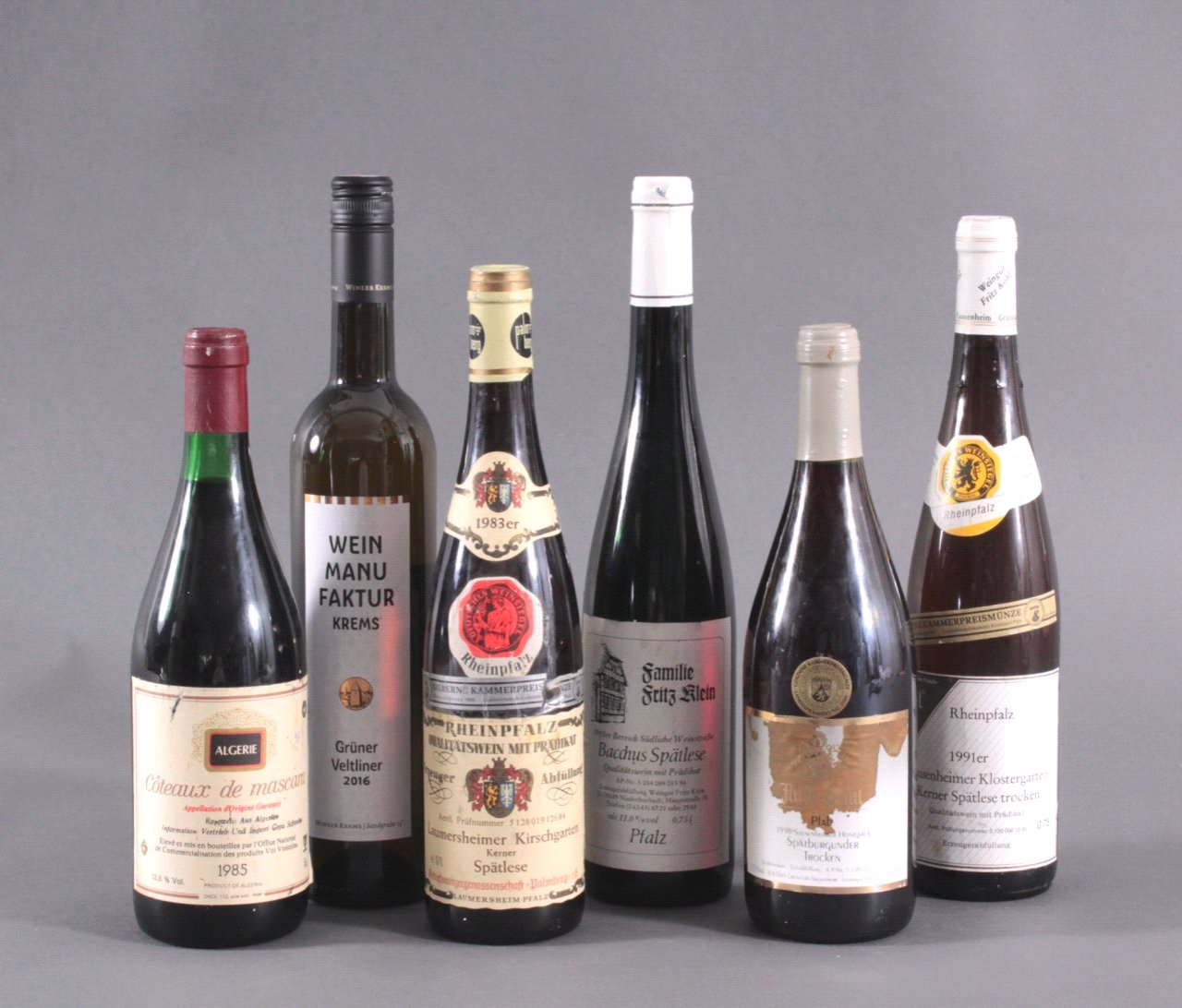 Sechs Flaschen Wein, Rosé und Weiss