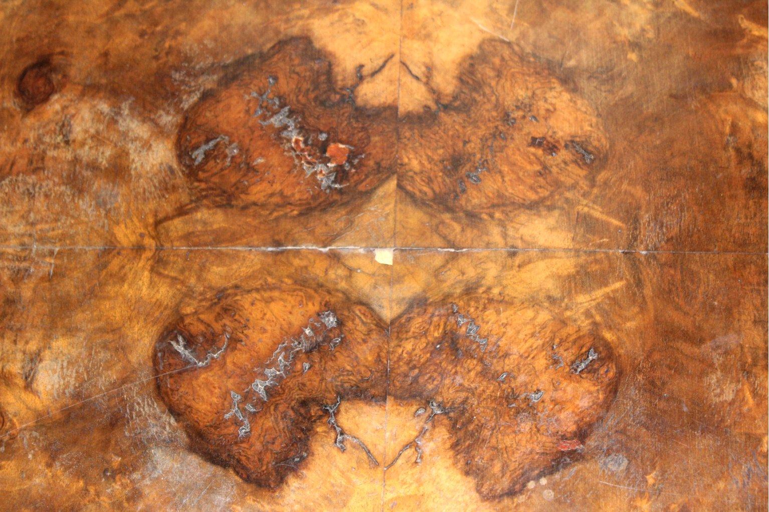 Ovaler Gründerzeit Tisch-2