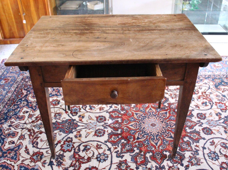 Tisch. 1. Hälfte 19. Jahrhundert-1