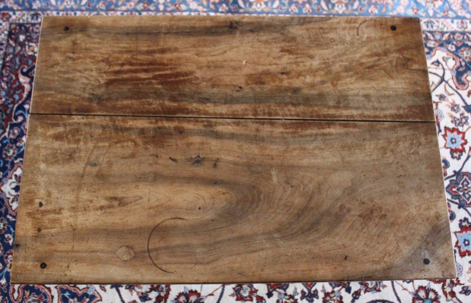 Tisch. 1. Hälfte 19. Jahrhundert-2