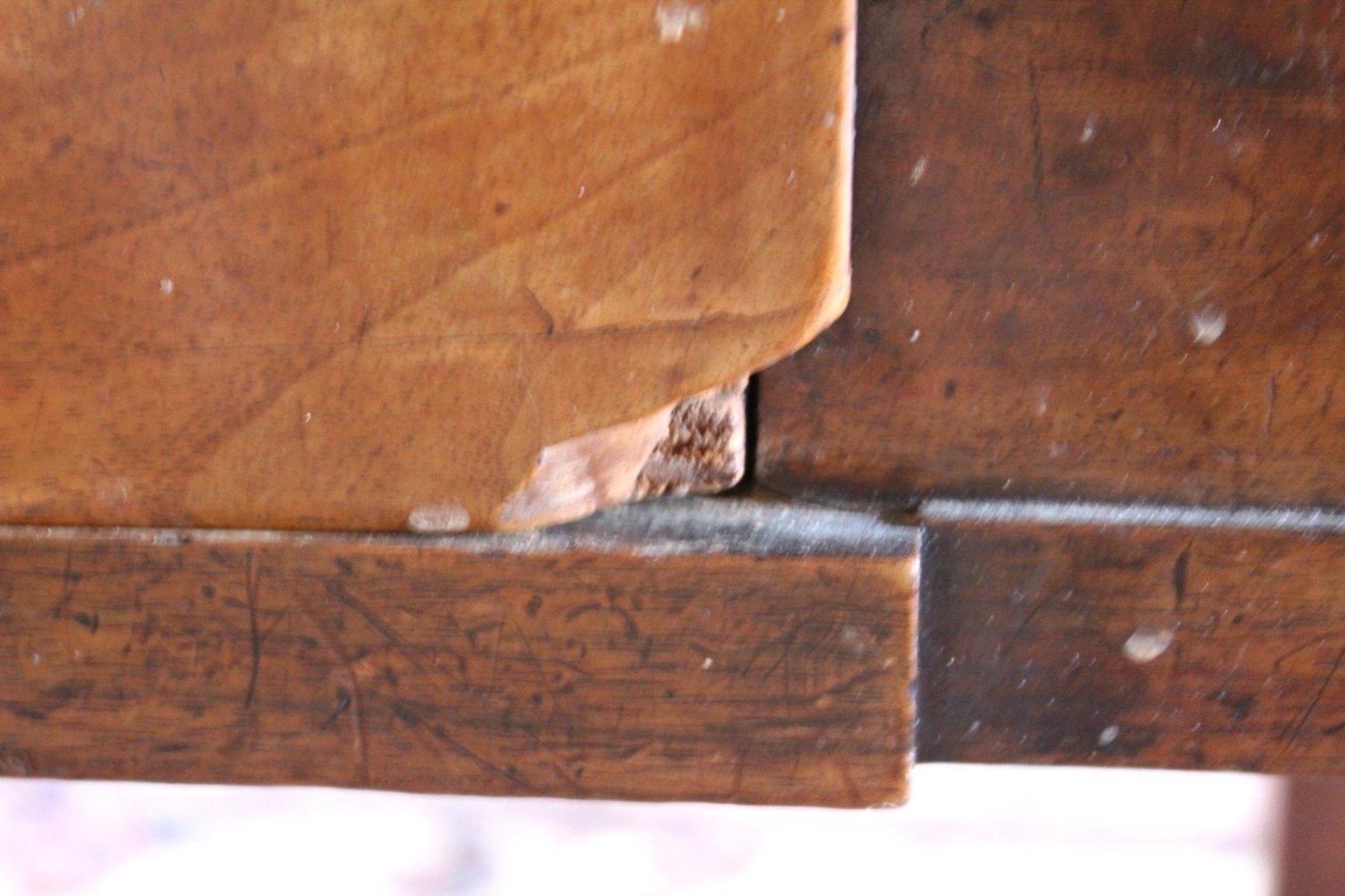 Tisch. 1. Hälfte 19. Jahrhundert-3