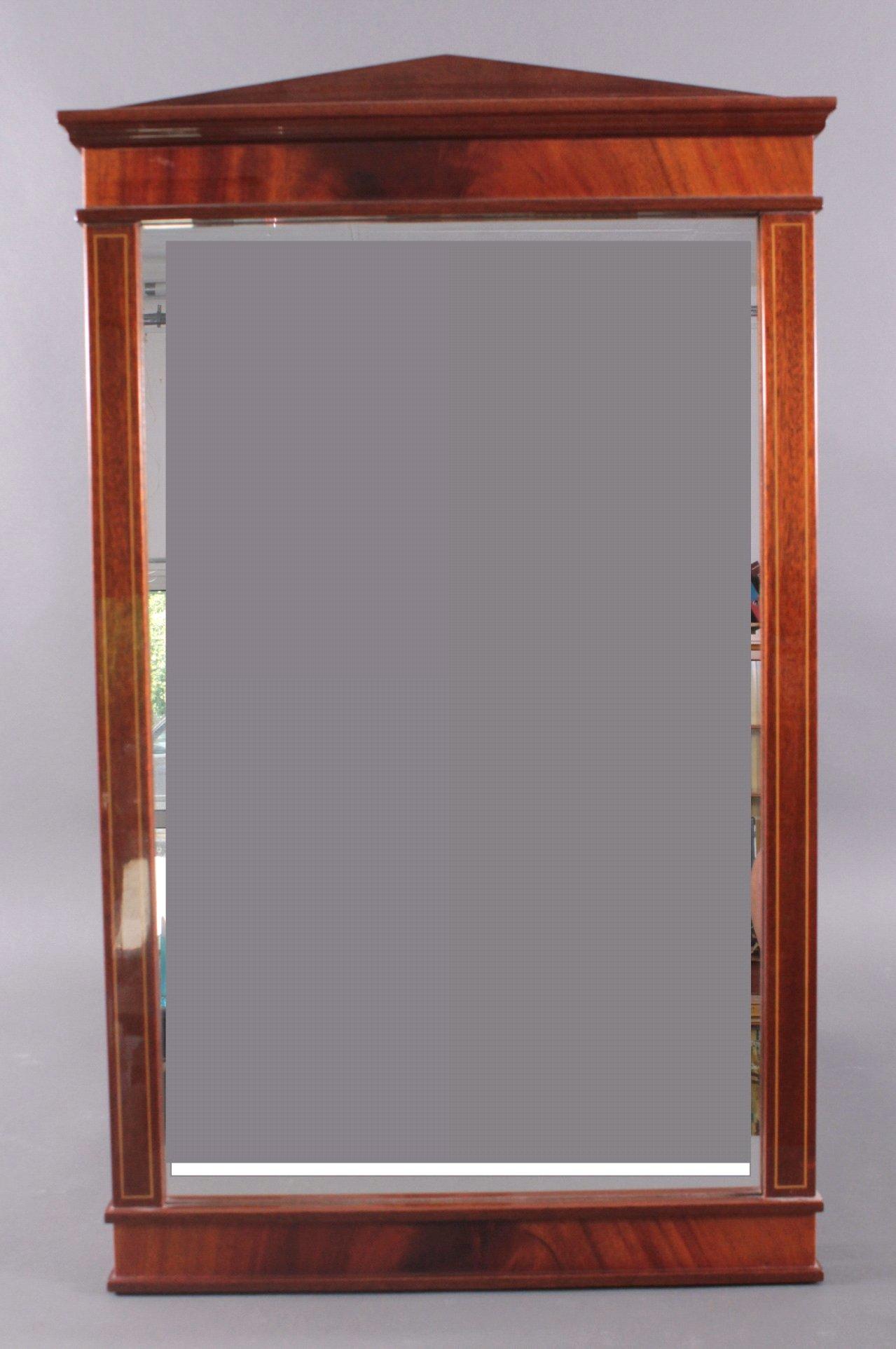 Dekorativer Wandspiegel im Empire-Stil, 20. Jh.