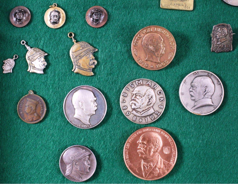Konvolut Abzeichen und Medaillen, Thema von Bismarck-2