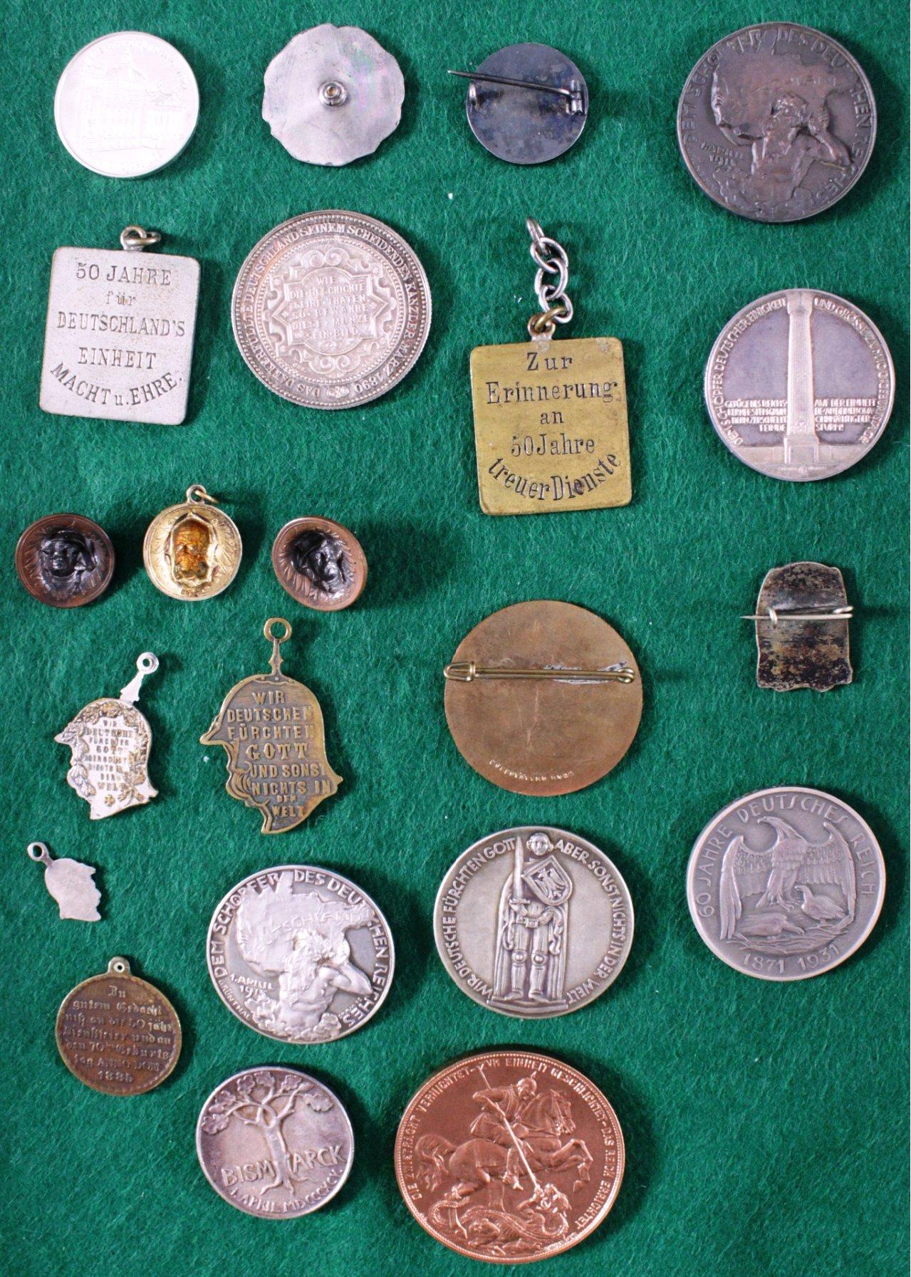 Konvolut Abzeichen und Medaillen, Thema von Bismarck-3