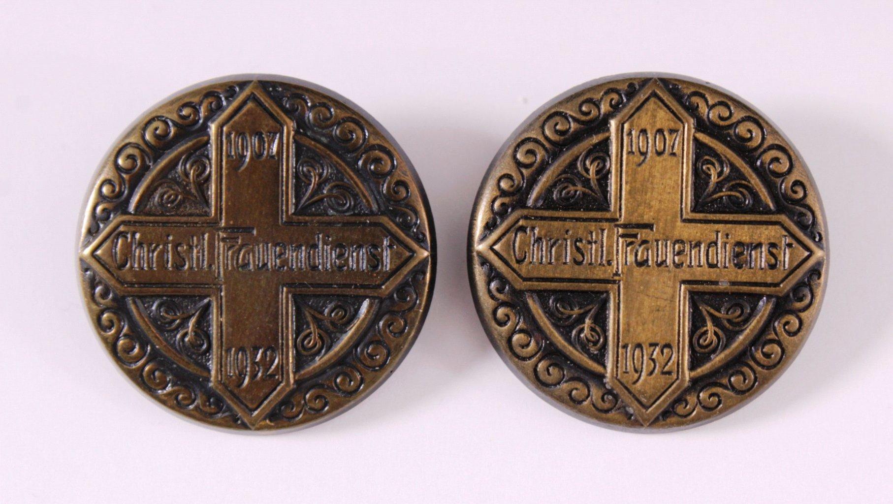 2 Abzeichen 25 Jahre Christlicher Frauendienst 1932