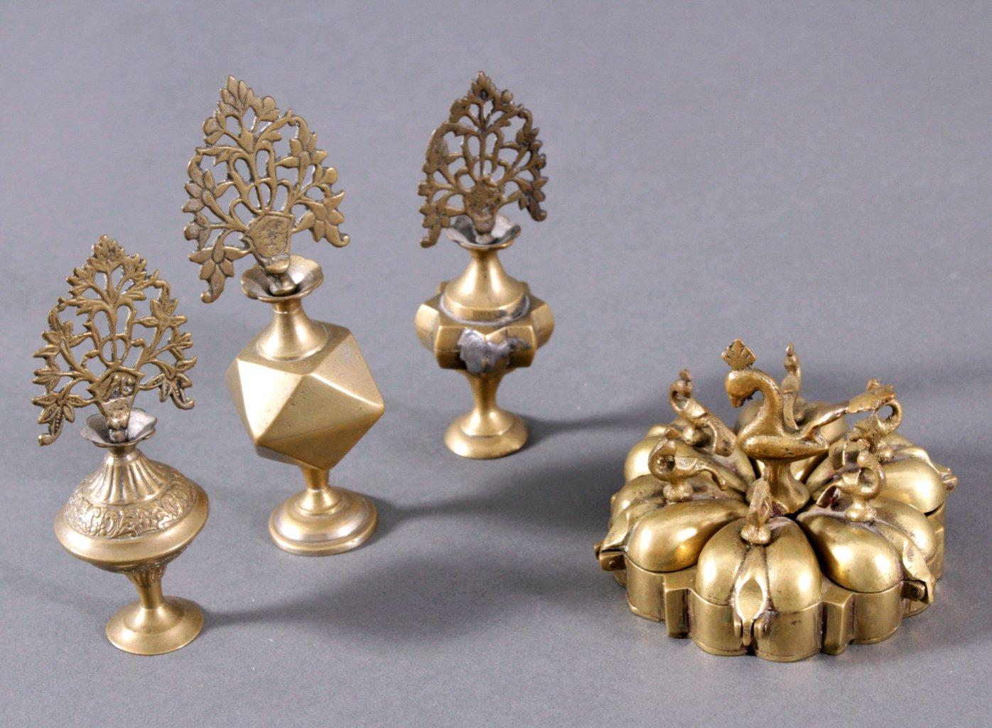 4 asiatischer Gegenstände