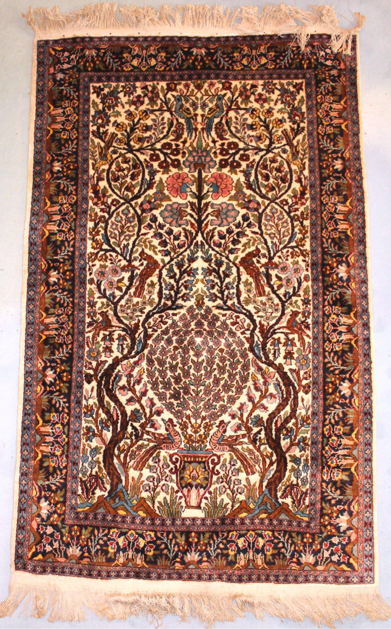 Seiden-Teppich