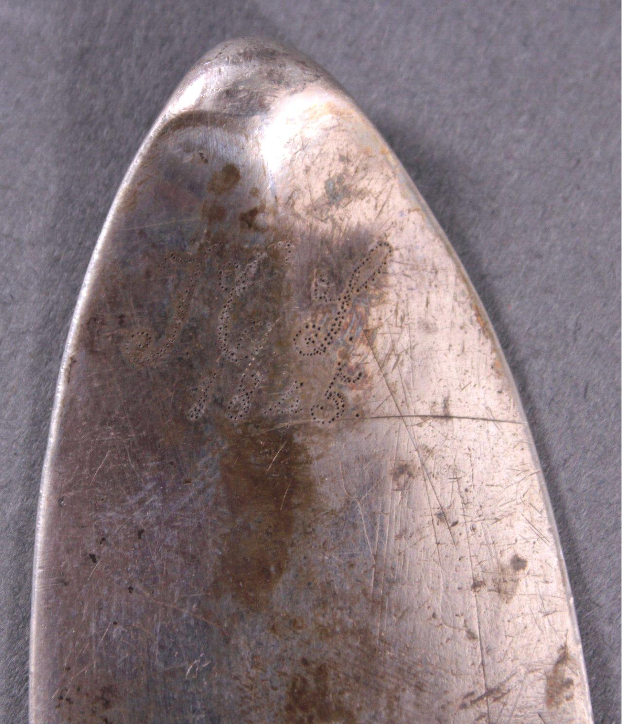 Silberne Vorlegelöffel und 2 Fleischgabeln-2