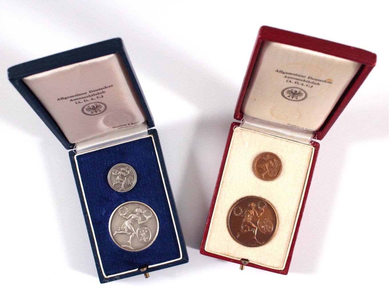 ADAC Verdienstmedaille und Ehrennadel im Etui-2