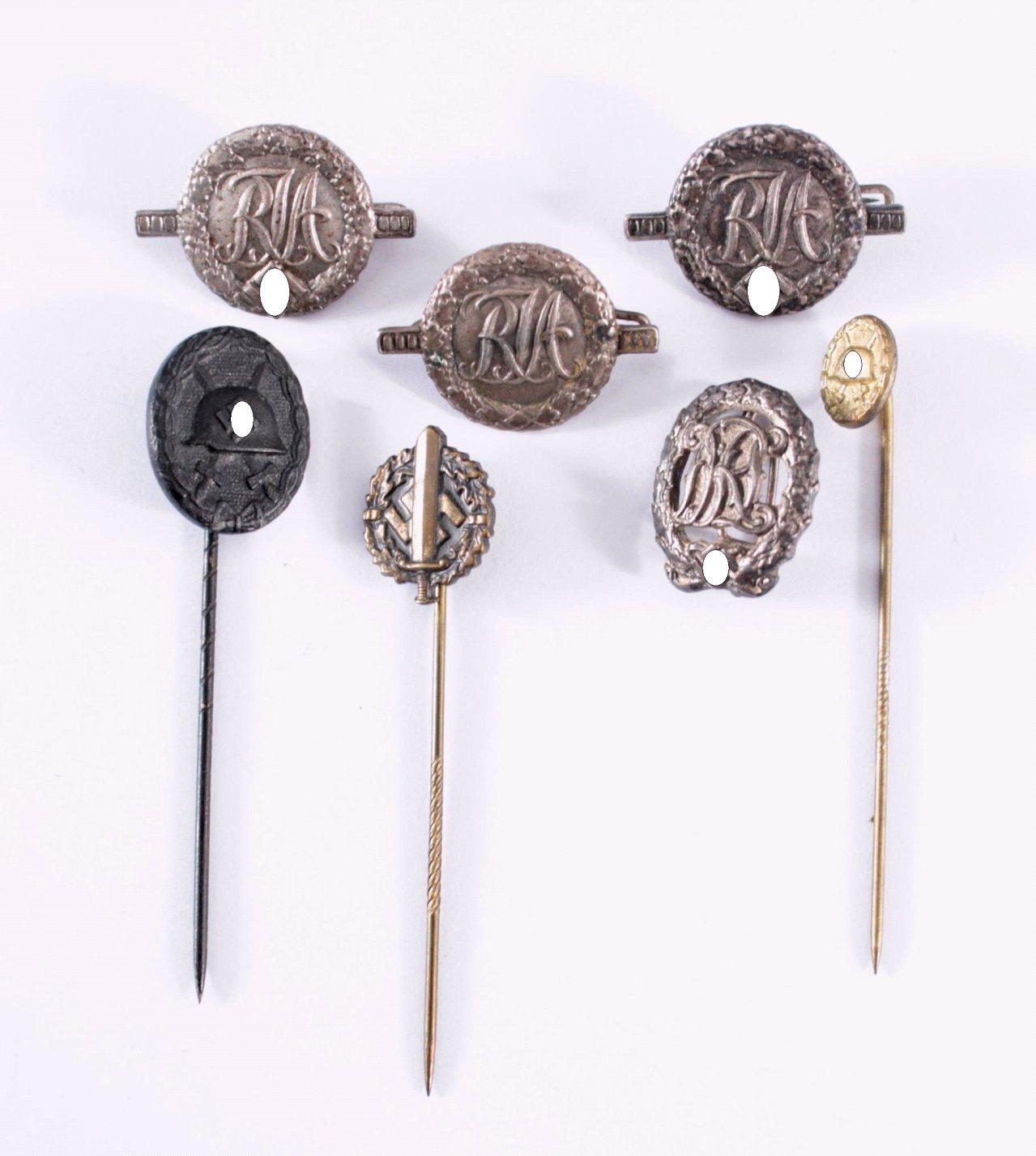 Miniaturabzeichen an Nadel