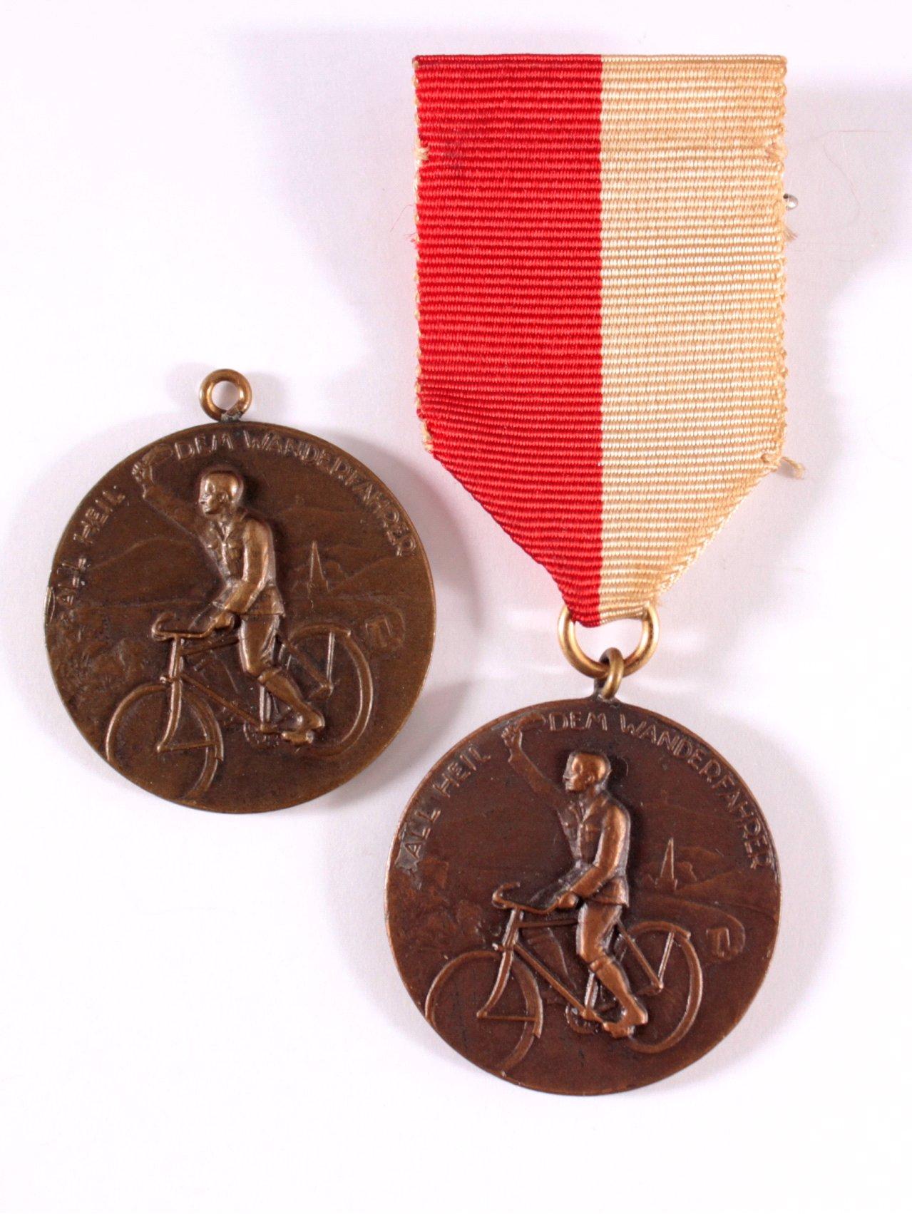 2 Medaillen All Heil dem Wanderfahrer, BDR Eltville