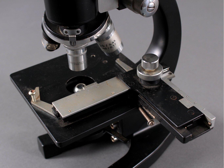 Mikroskop der marke kosmos lehrmittel stuttgart badisches