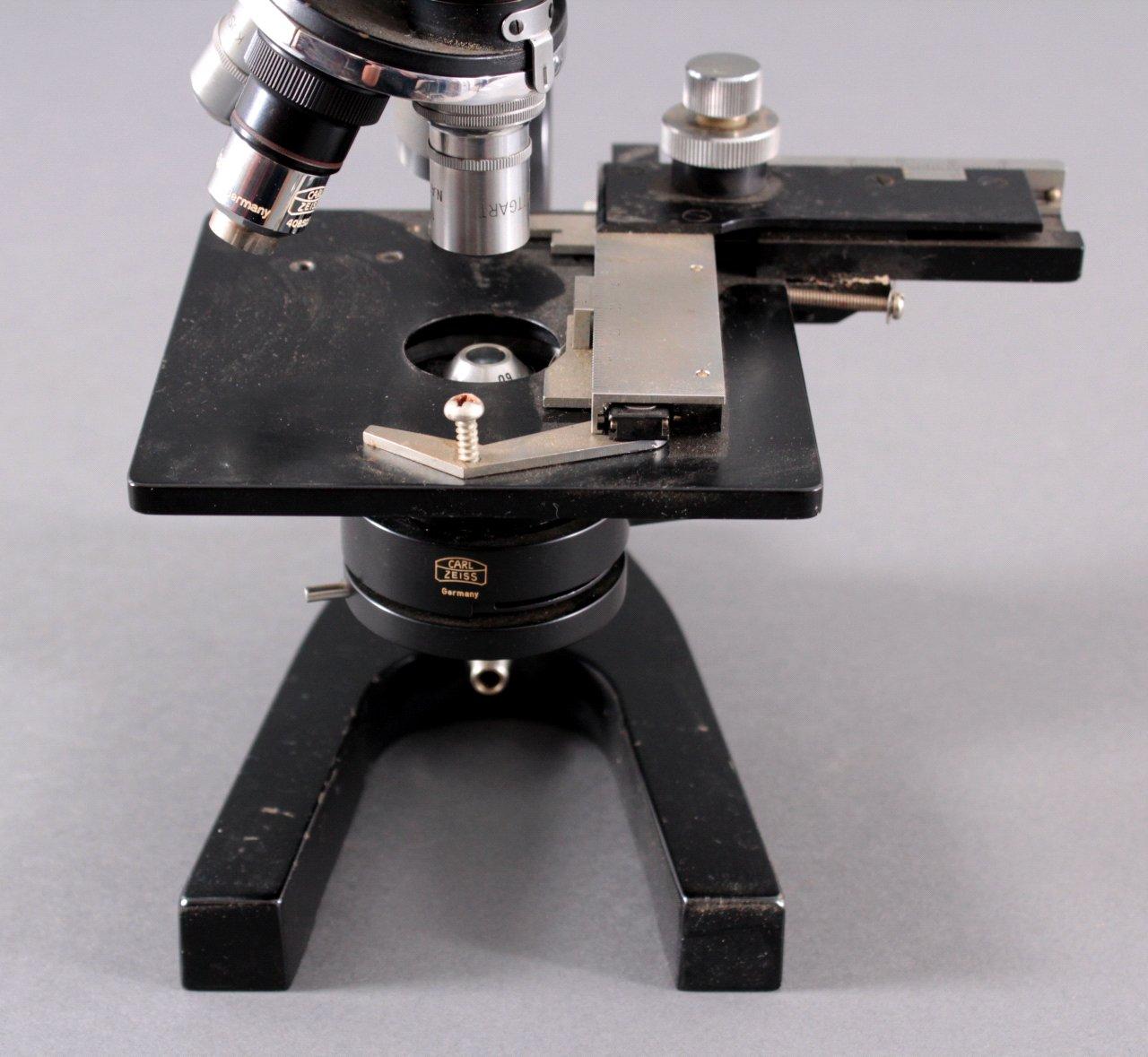Mikroskop der Marke Kosmos, Lehrmittel Stuttgart-5
