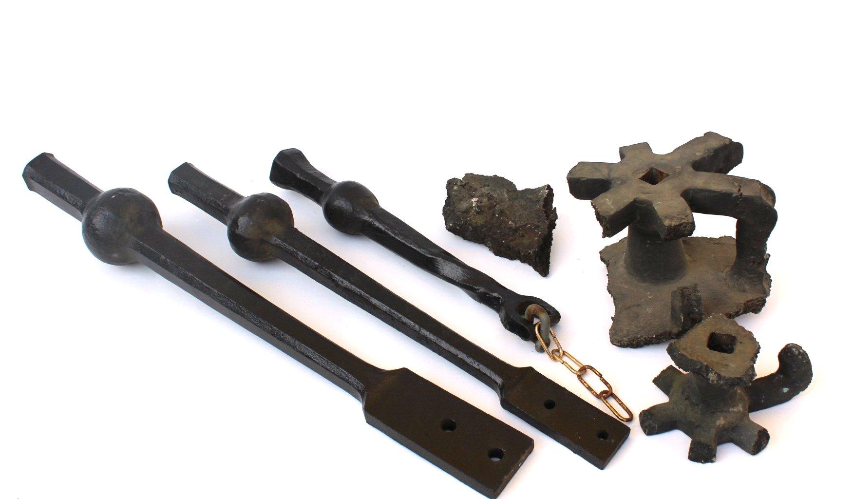 Teile einer Kirchturmuhr