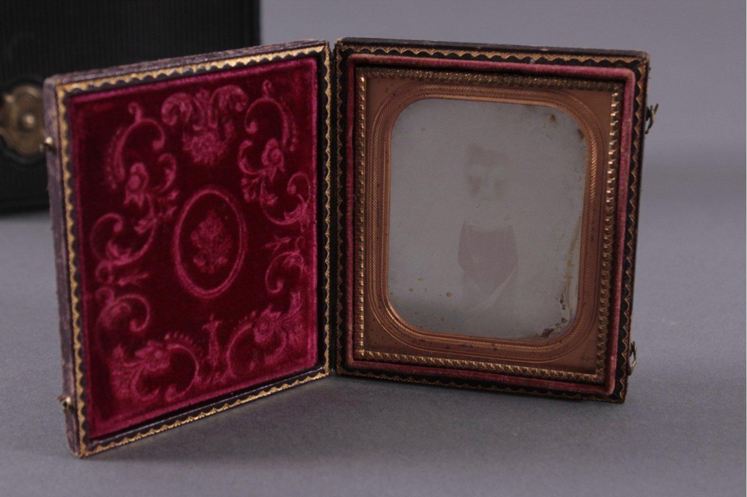 Fotoalbum und Taschen-Fotorahmen um 1900-2