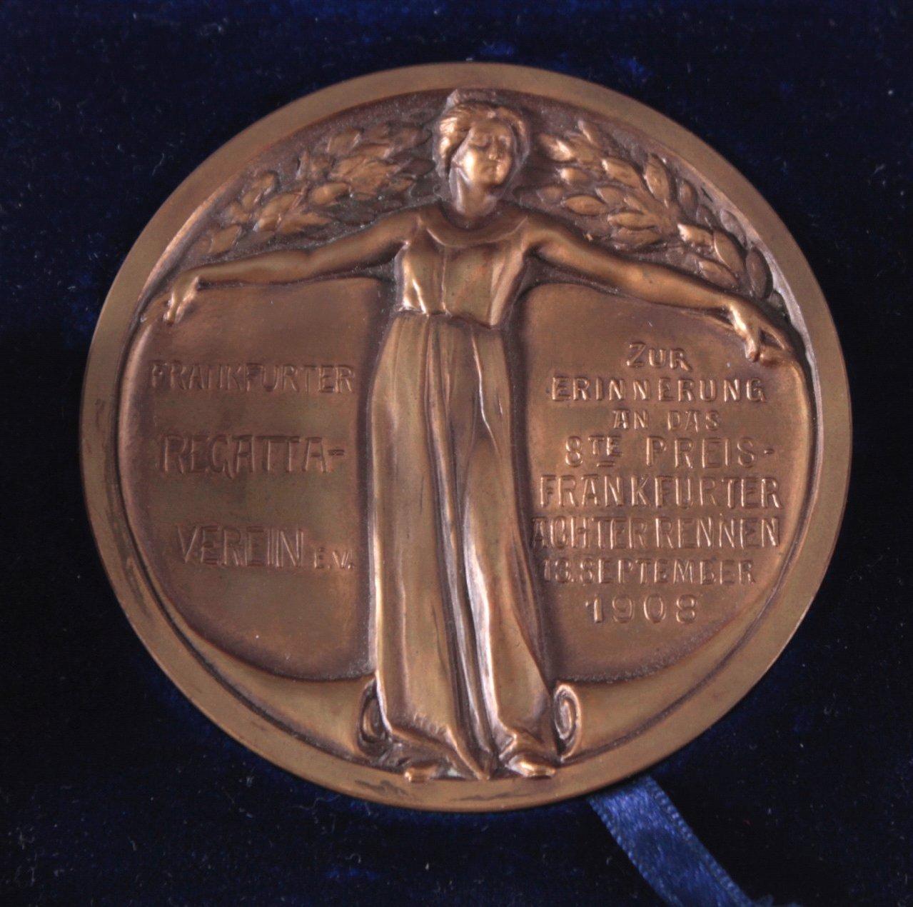 Konvolut Medaillen und Abzeichen Frankfurt-2