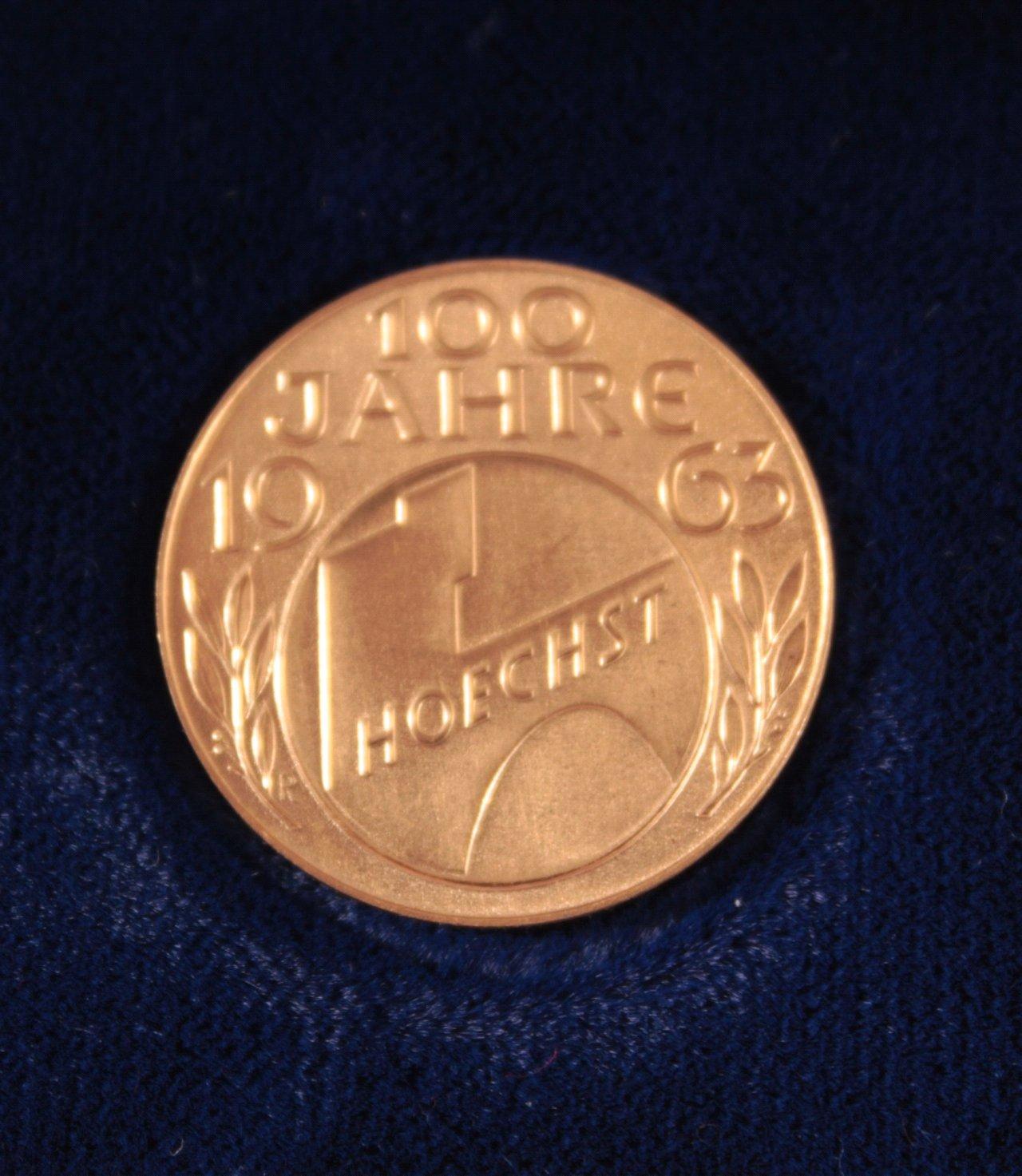 Goldmedaille 100 Jahre Höchst-1