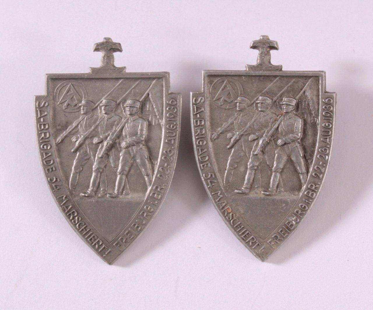 2 Abzeichen SA Brigade 54 marschiert