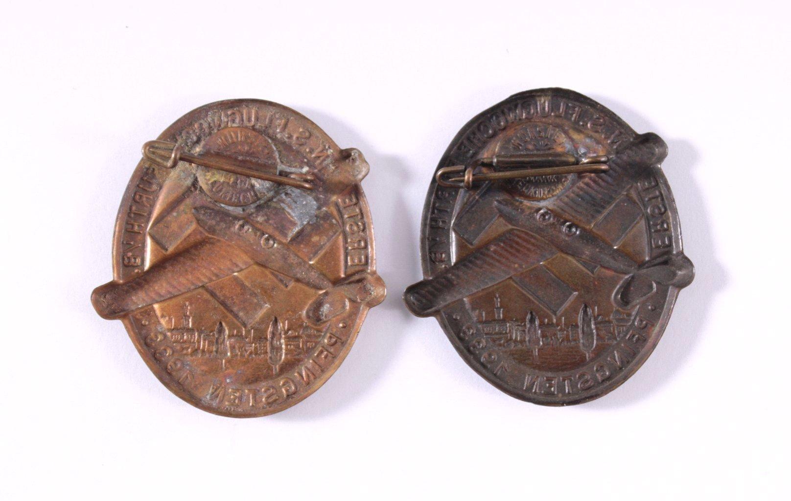 2 Abzeichen Erste NS Flugwoche Fürth, Pfingsten 1933