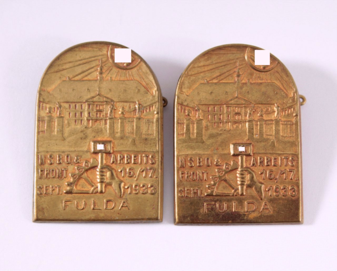 2 Abzeichen NSBO & Arbeitsfront Fulda 1933