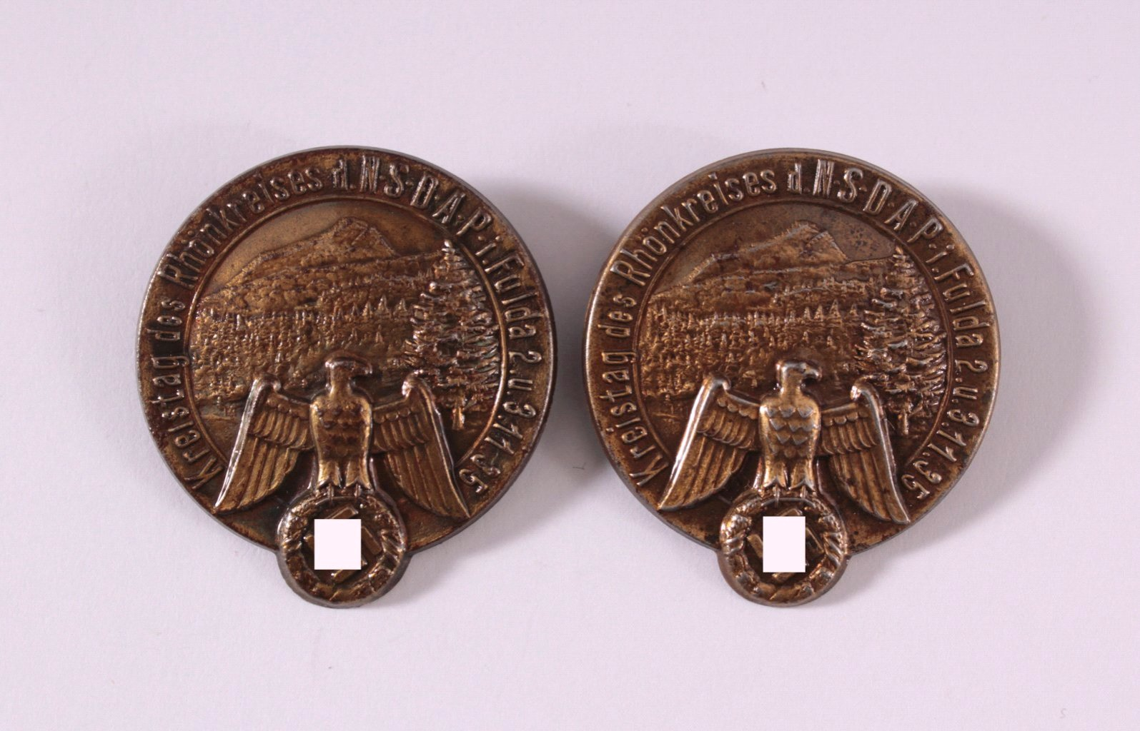 2 Abzeichen Kreistag des Rhönkreises der NSDAP in Fulda