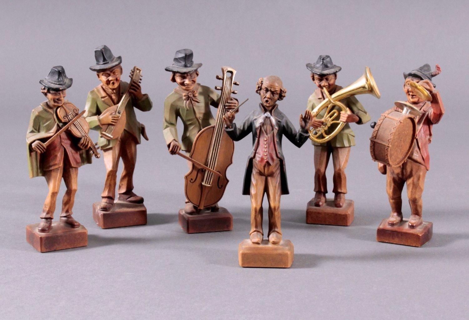 Sechs Holzfiguren-Orchester, um 1900