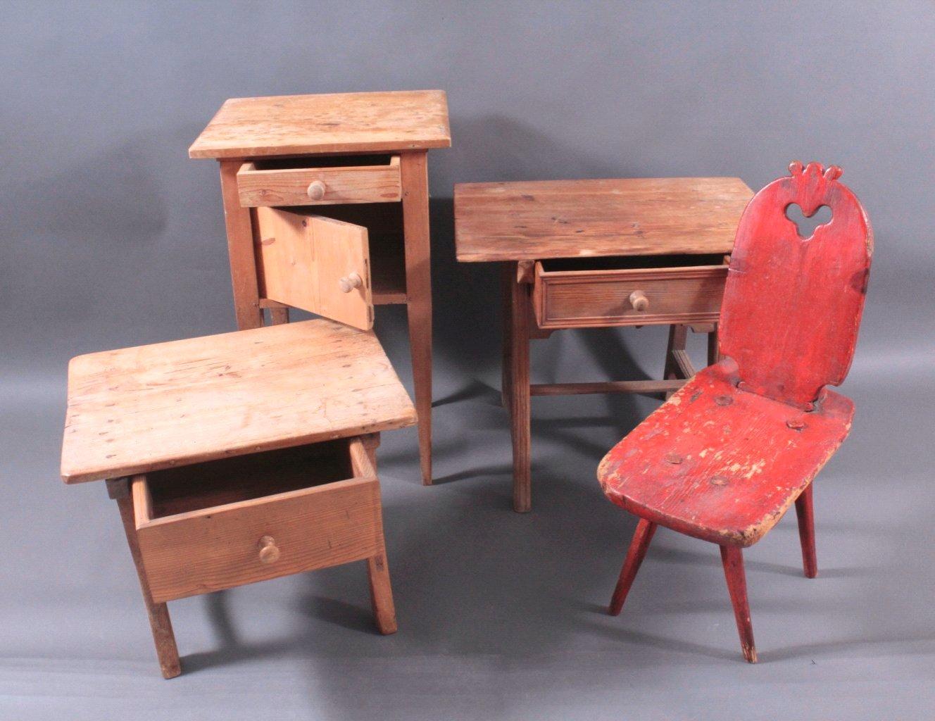 Konvolut antike Kleinmöbel aus Weichholz-1