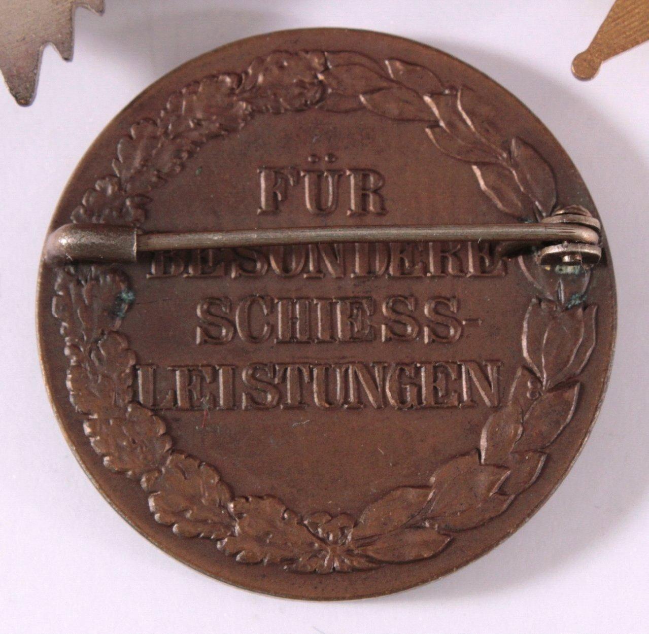 Abzeichen Deutscher Sport Vereine um 1900-2