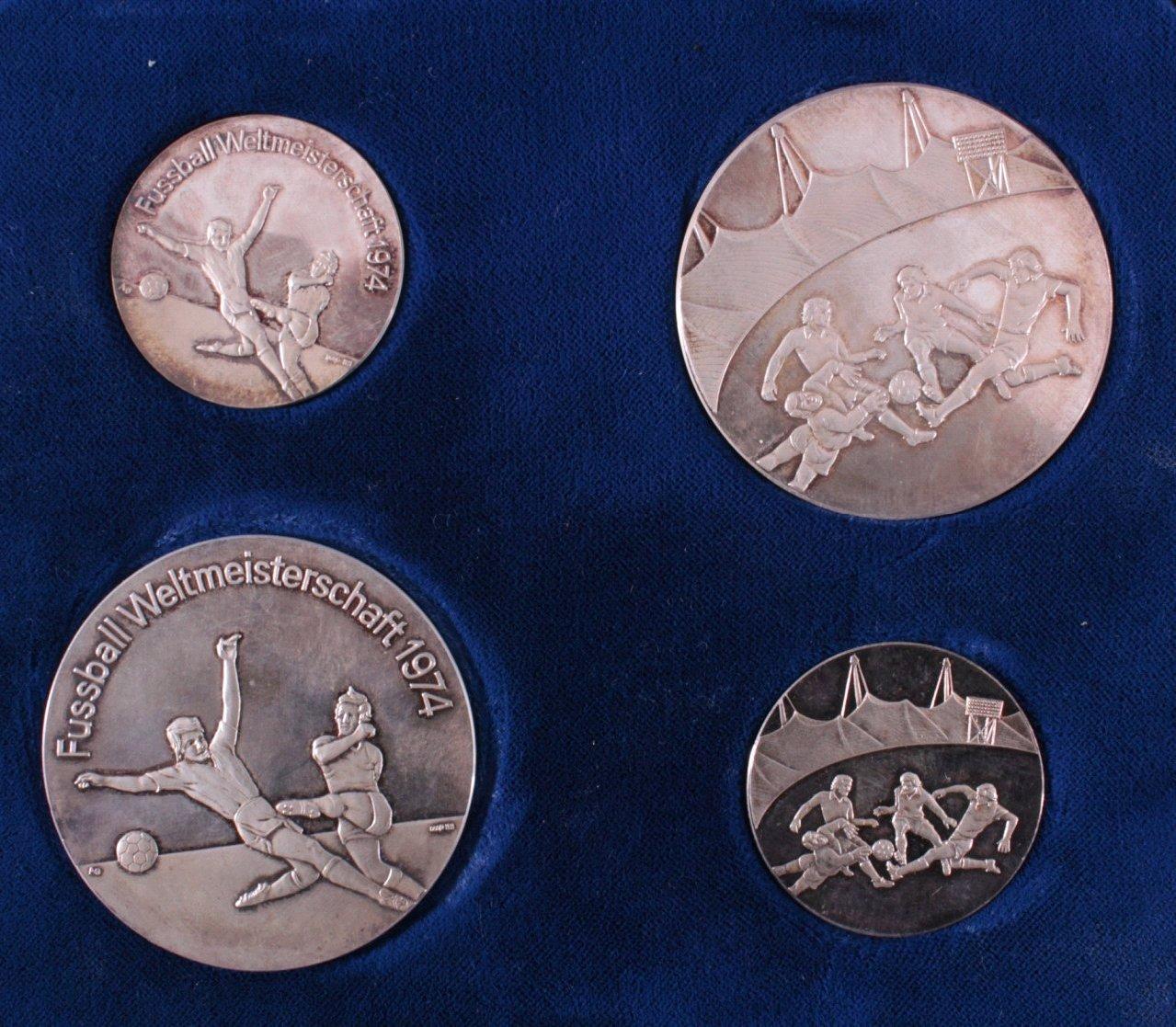 4 Silbermedaillen WM 1974