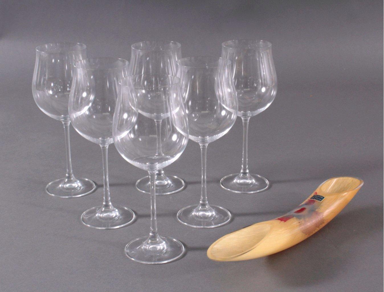 Gläser und Vase