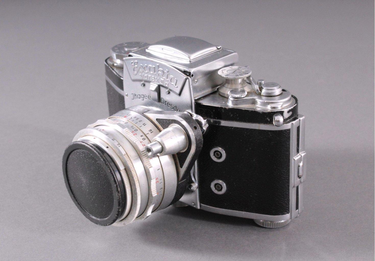 Spiegelreflex-Kamera Exakta Varex IIa. 24x36mm. 1958-2
