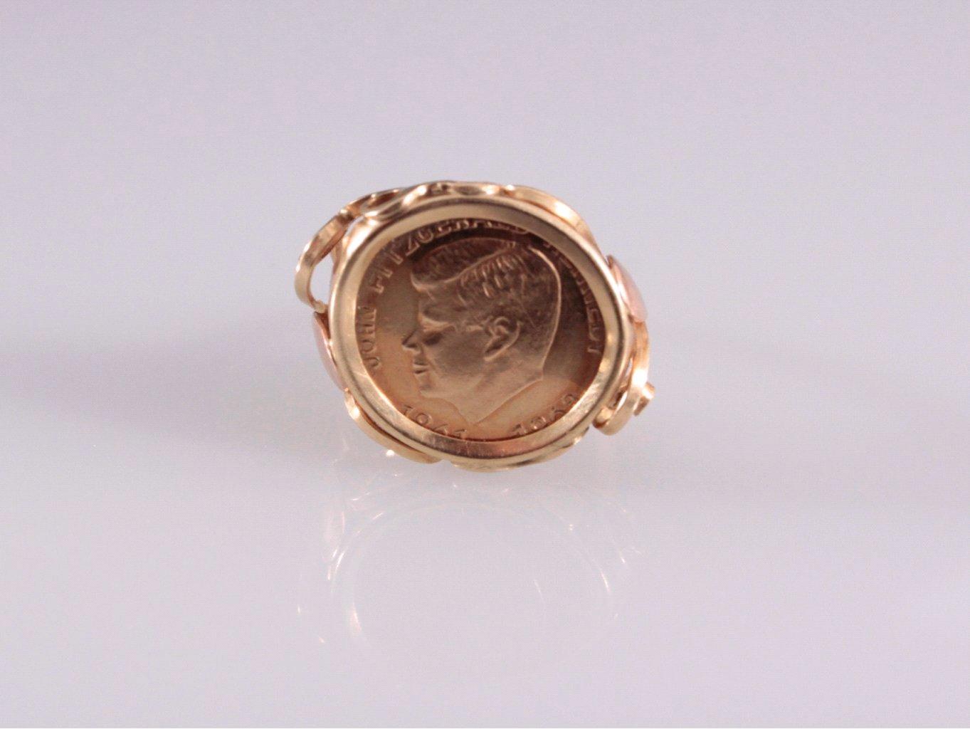 Damenring mit gefasster Medaille, 14 Kt. Gelbgold