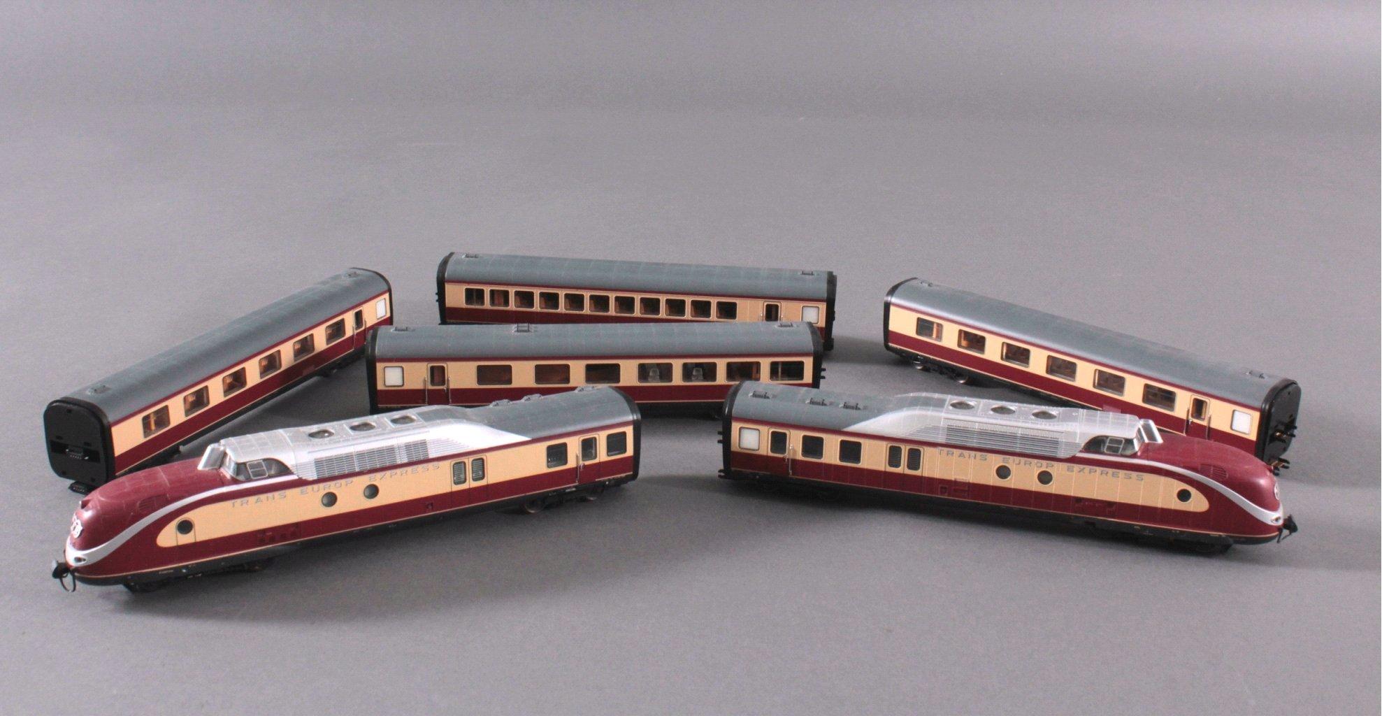 Märklin H0 37605 Trans Europ Express Dieseltriebzug mit