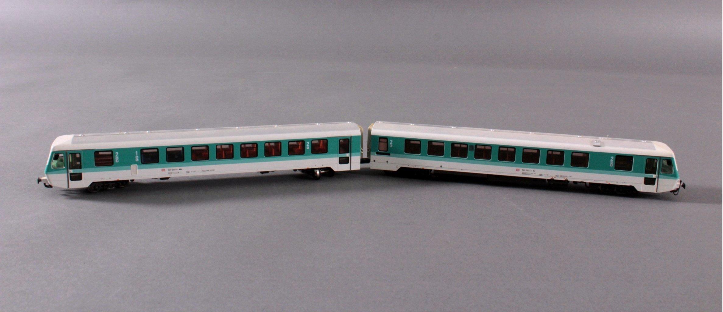 Märklin H0 3376 Diesel-Triebwagen BR 628 203-2 der DB