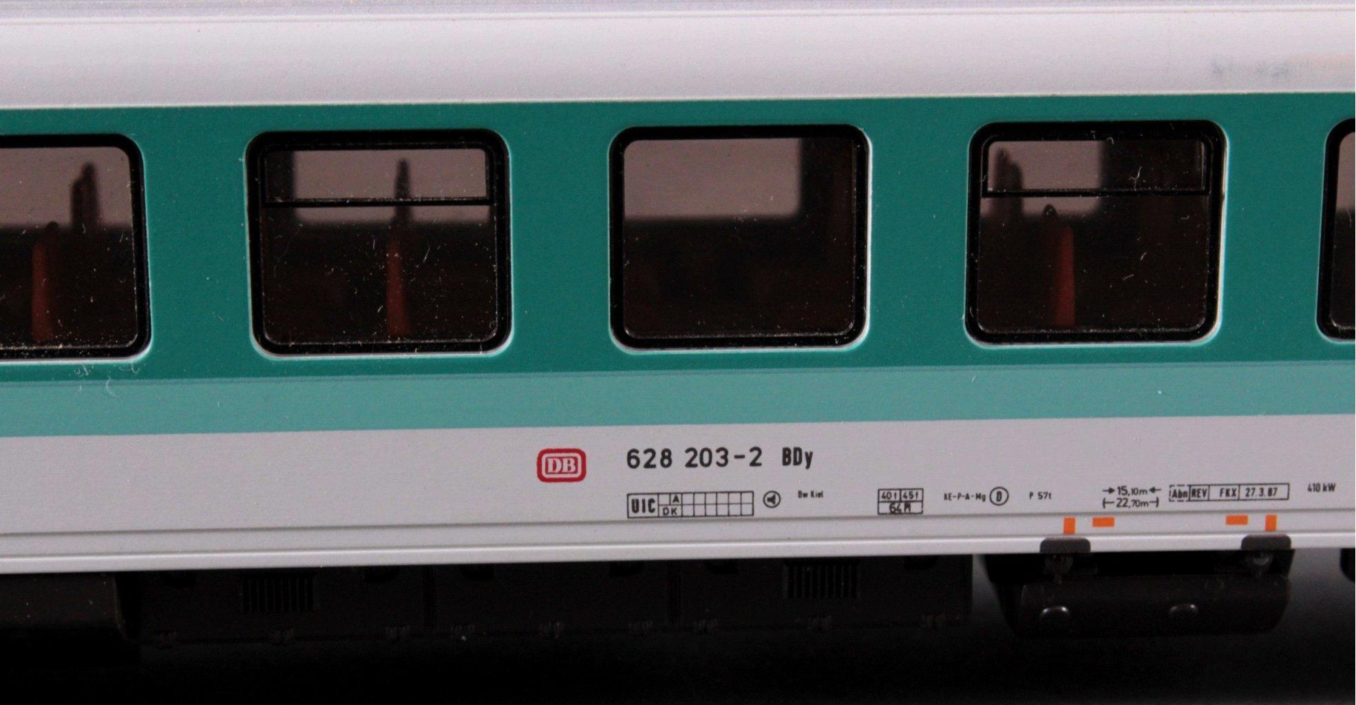 Märklin H0 3376 Diesel-Triebwagen BR 628 203-2 der DB-2