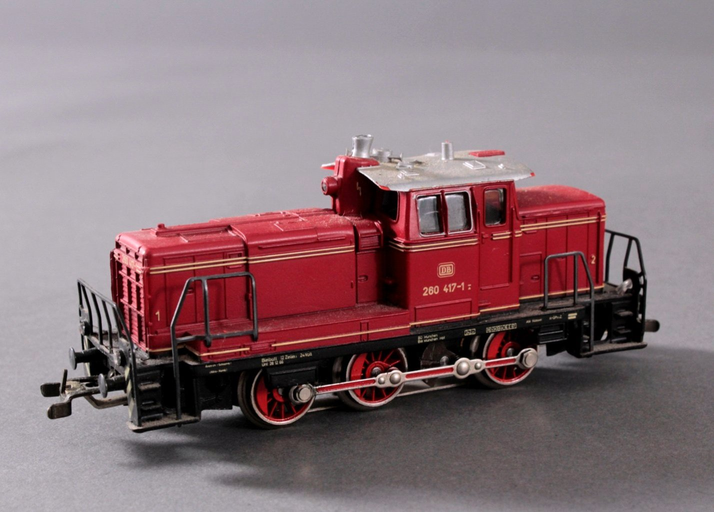 Märklin H0 3665 Diesel-Lok BR 260 417-1 der DB mit-1