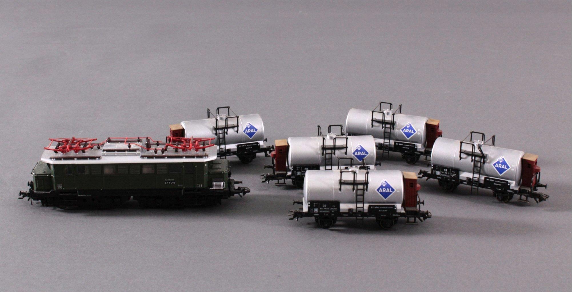 Märklin H0 37440 E-Lok BR 44098 der DB mit