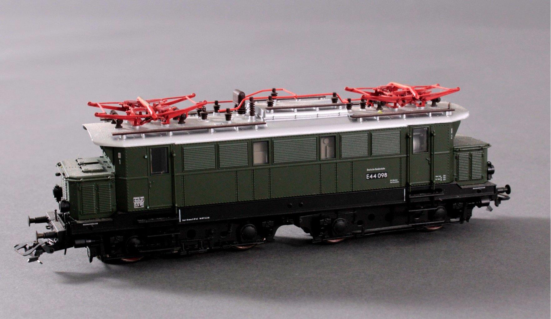 Märklin H0 37440 E-Lok BR 44098 der DB mit-1