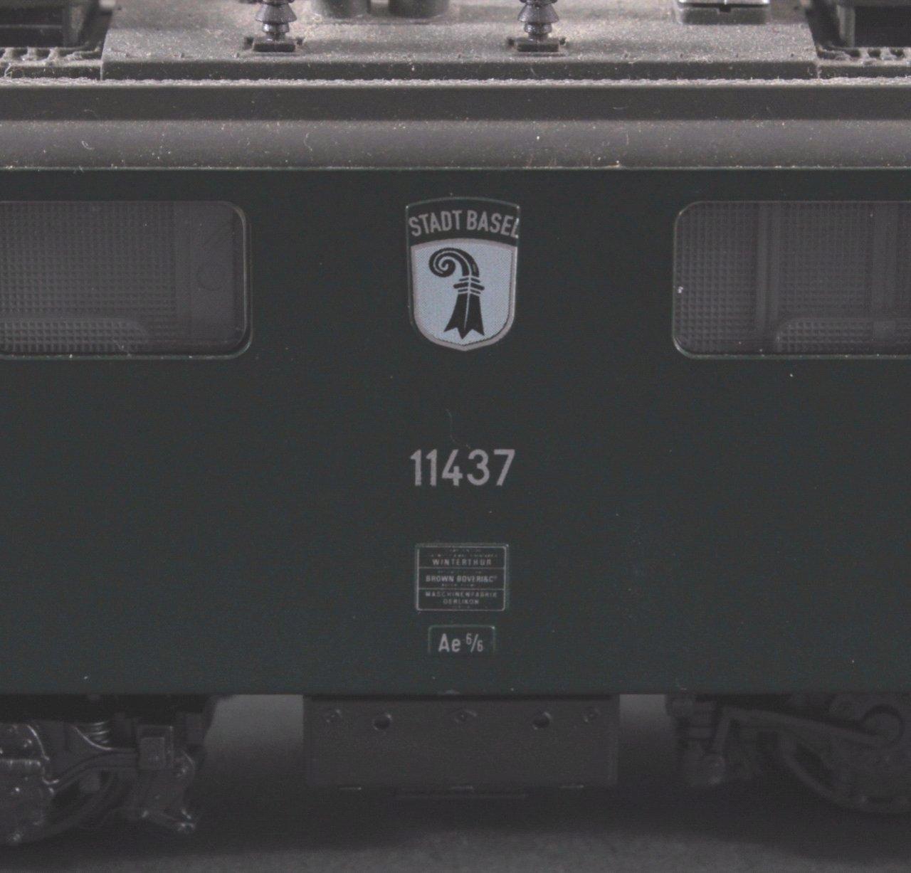 Märklin H0 3737 E-Lok BR 11437 Stadt Basel in grün mit-2