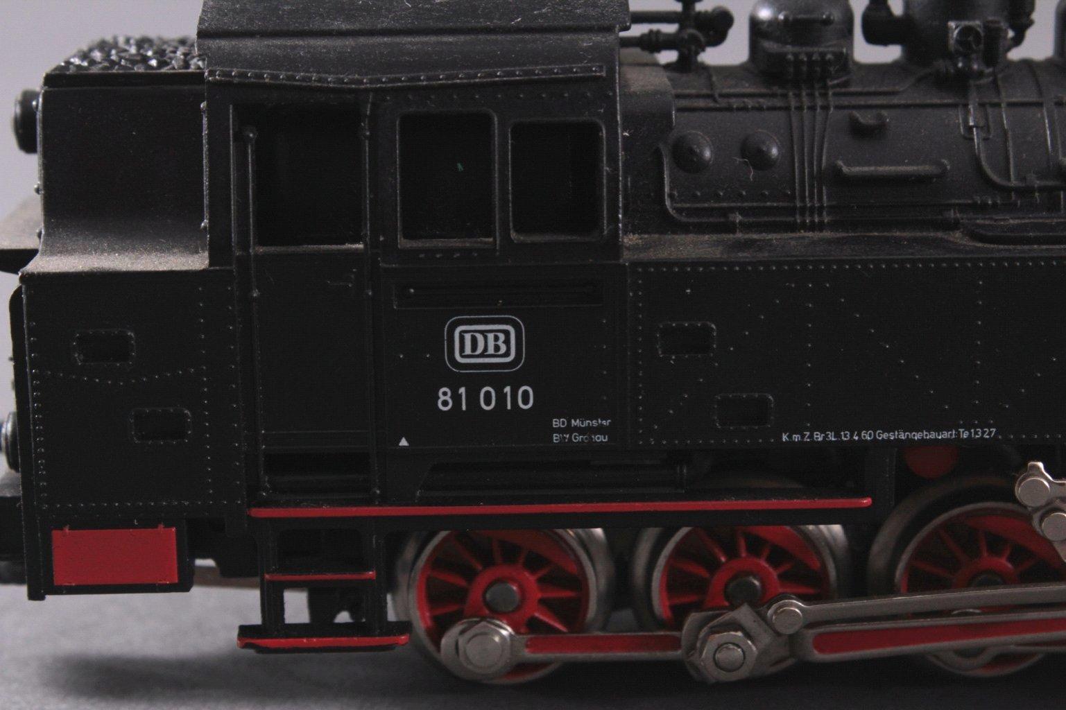 Märklin H0 3032 Dampf-Lok Baureihe 81 010 DB in schwarz mit-2